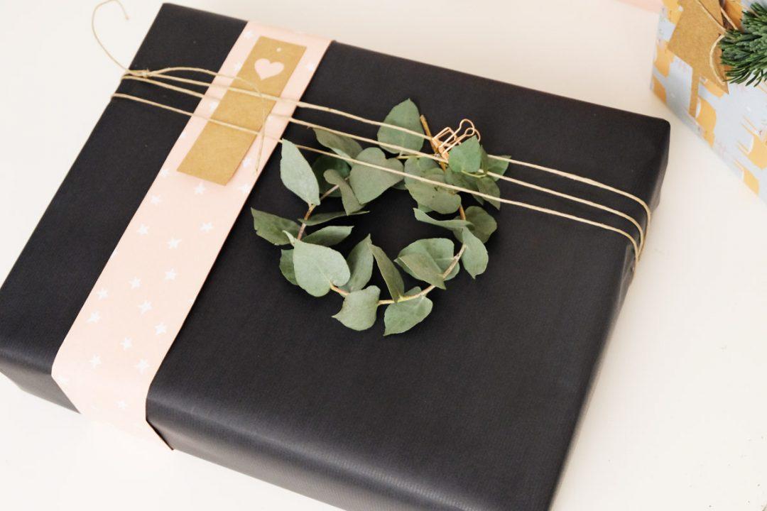 weihnachtsgeschenke sch n und besonders verpacken. Black Bedroom Furniture Sets. Home Design Ideas